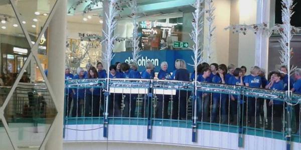 Rock Chorus entertain the Crowds in Watford
