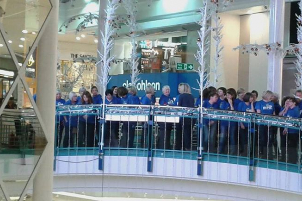 Rock Chorus entertain the Crowds in Watford